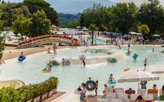 Norcenni Girasole Club - waterspeeltuin