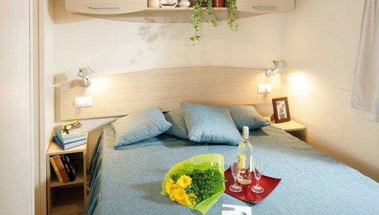 Camere Con Divano Letto : Vacanze in aquilone appartamento per o persone con garage in